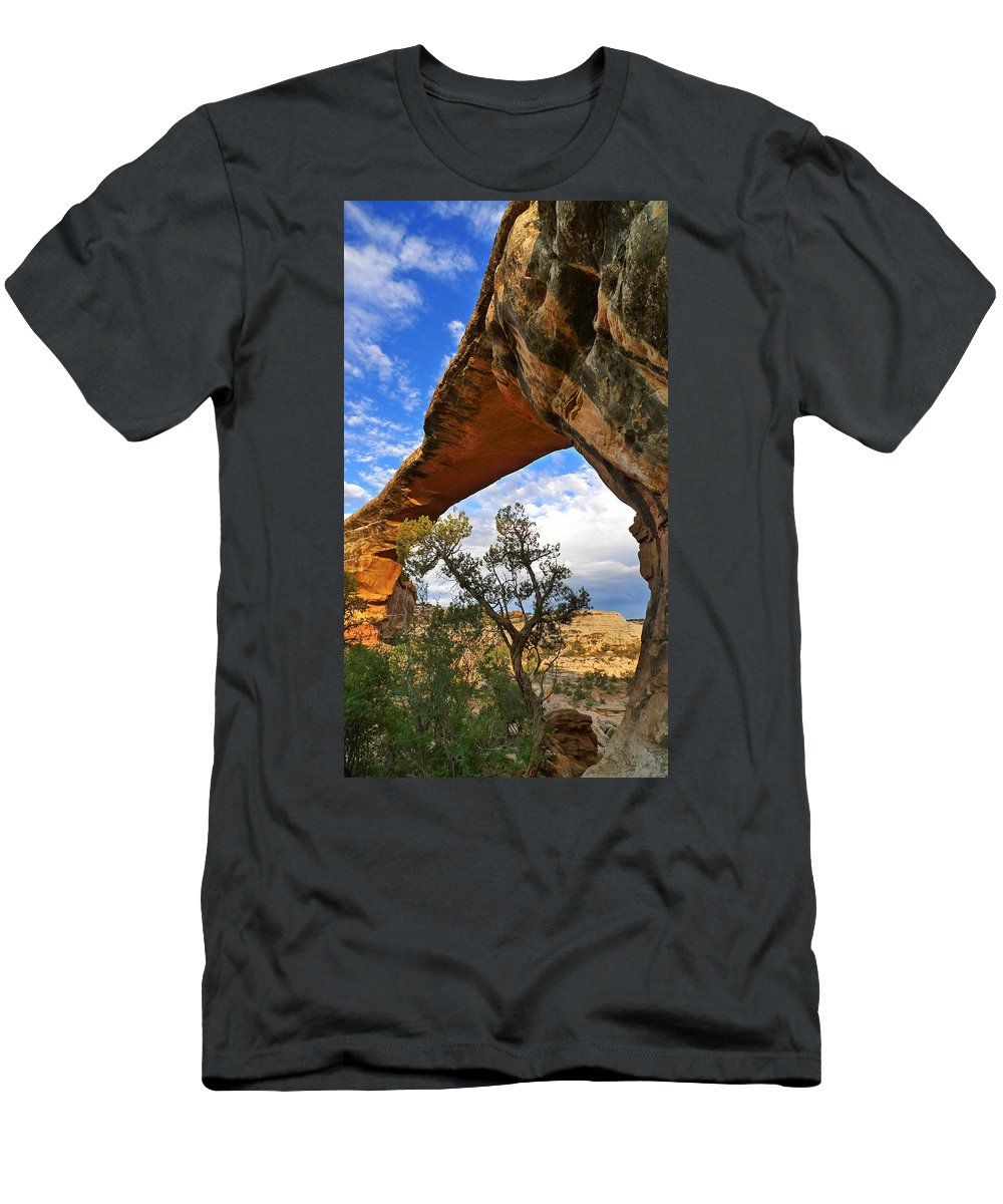 Magia Pura Men's T-Shirt (Athletic Fit) featuring the photograph Magia Pura by Skip Hunt