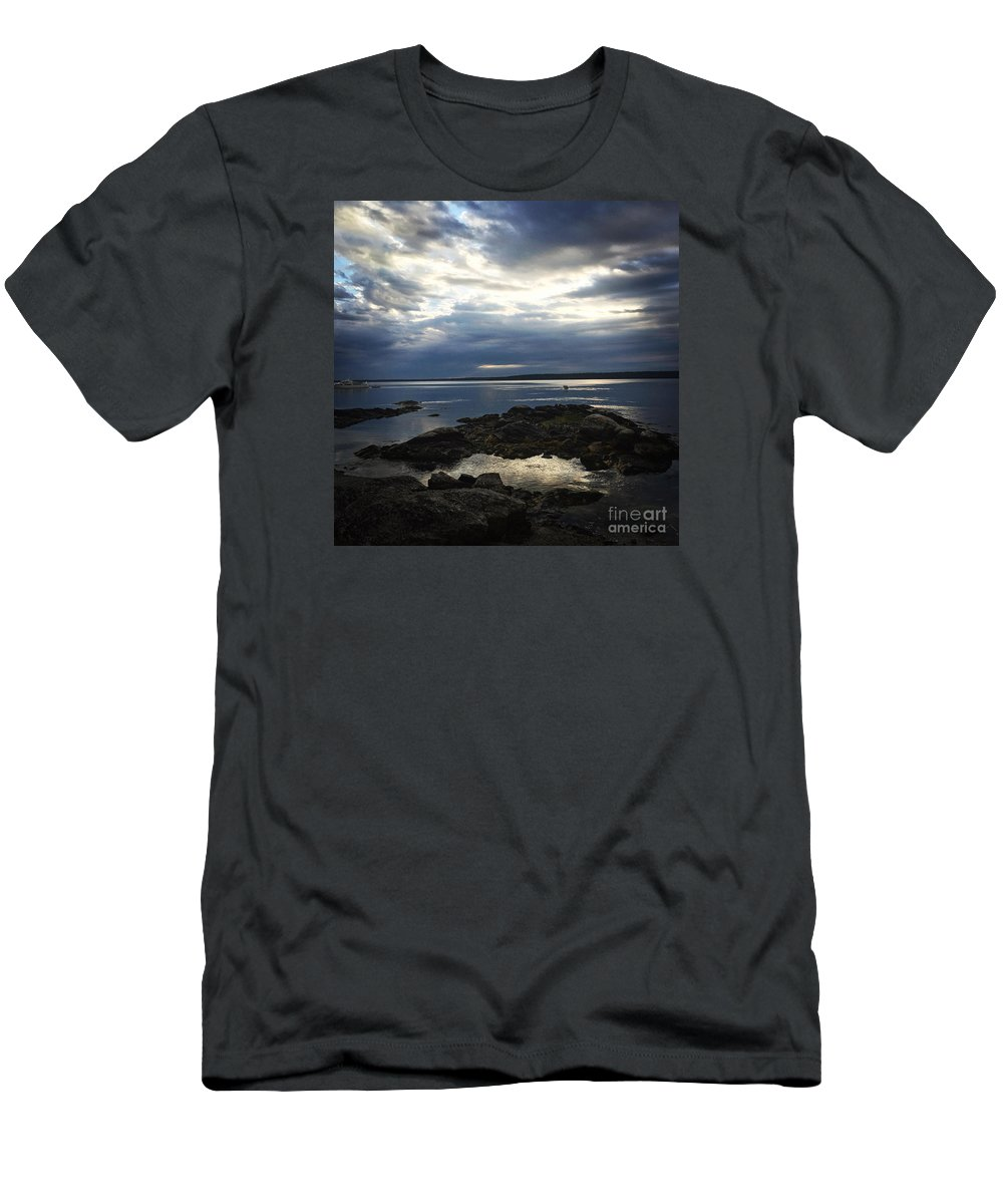 Coastal Men's T-Shirt (Athletic Fit) featuring the photograph Maine Drama by LeeAnn Kendall