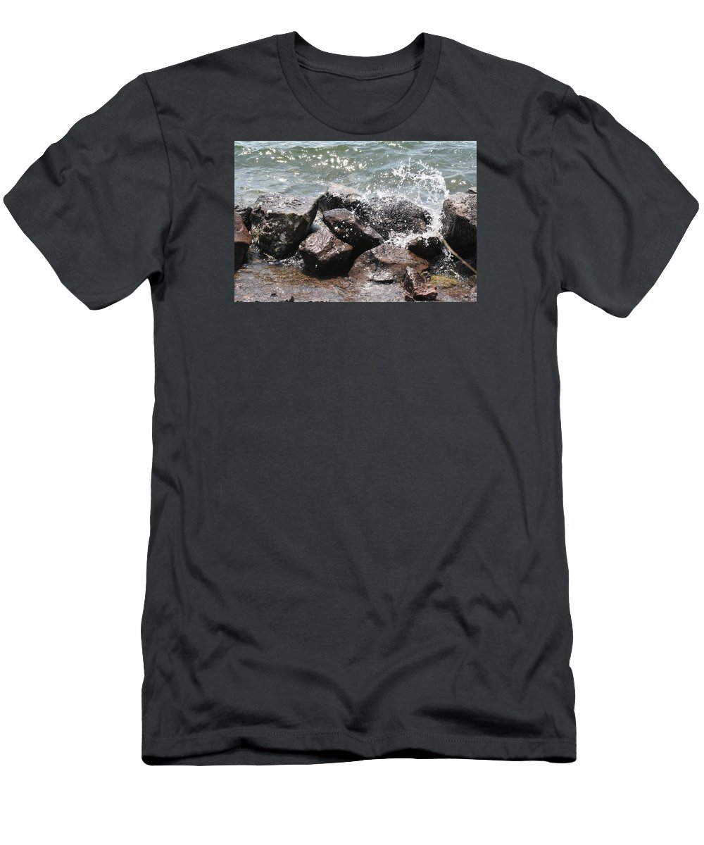 Water Men's T-Shirt (Athletic Fit) featuring the photograph Making A Splash by Anita Troy