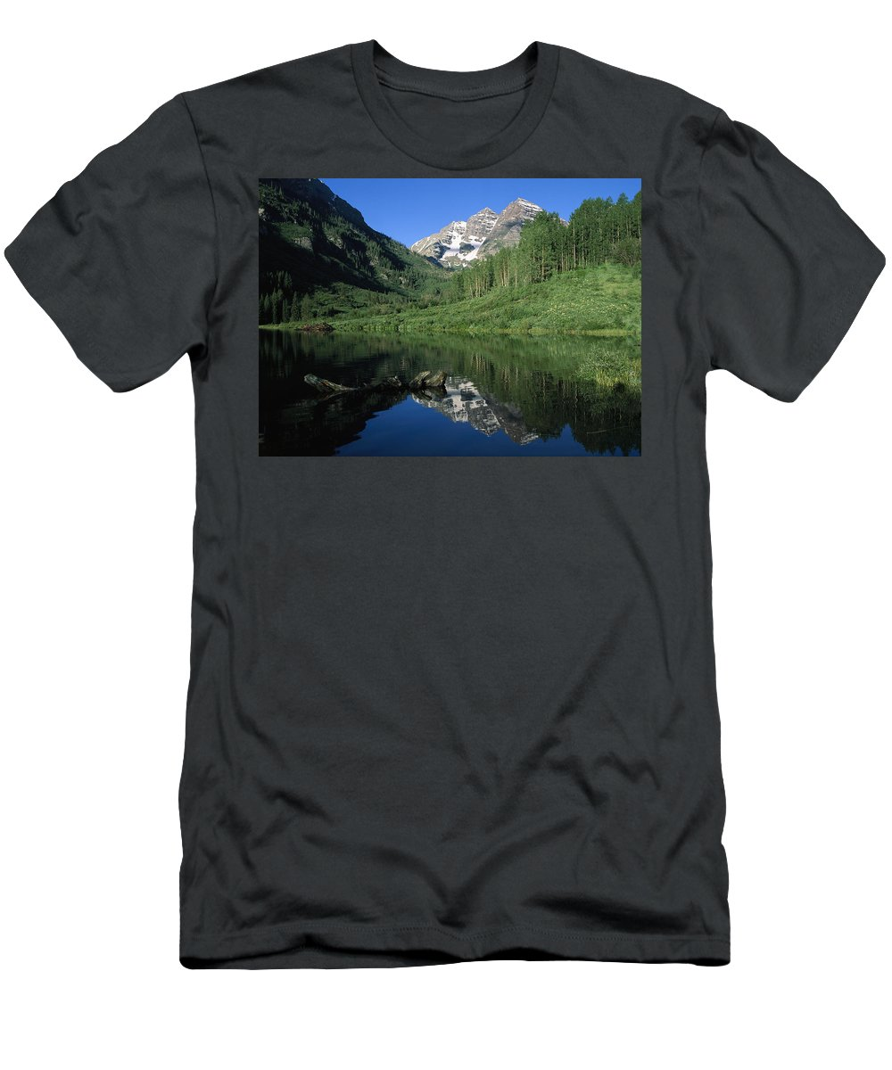 00173059 Men's T-Shirt (Athletic Fit) featuring the photograph Maroon Bells At Maroon Lake by Tim Fitzharris