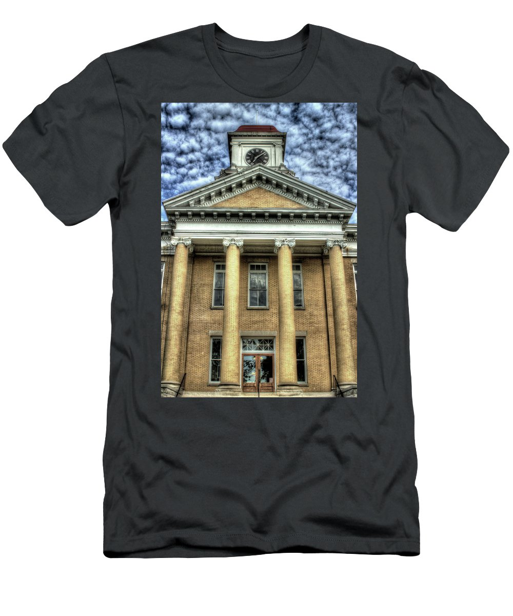 Maryville Tennessee Courthouse Men's T-Shirt (Athletic Fit) featuring the photograph Maryville Tennessee Courthouse by Michael Eingle