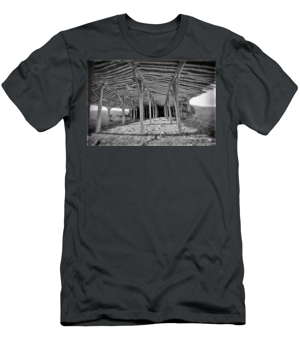 Barn Men's T-Shirt (Athletic Fit) featuring the photograph Mesita Barn by Pam Colander