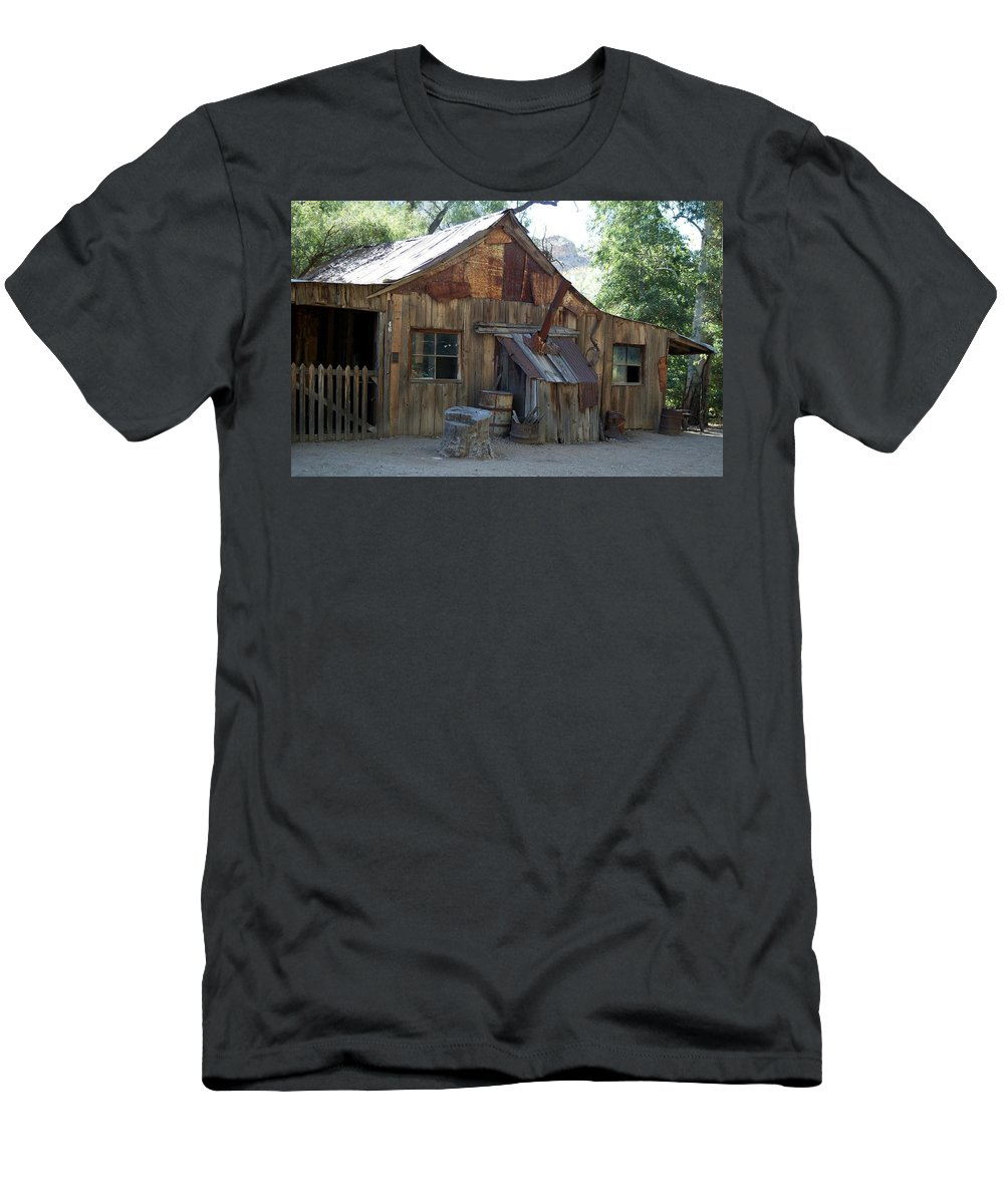 Cabin Men's T-Shirt (Athletic Fit) featuring the photograph Miners Cabin. by Robert Rodda