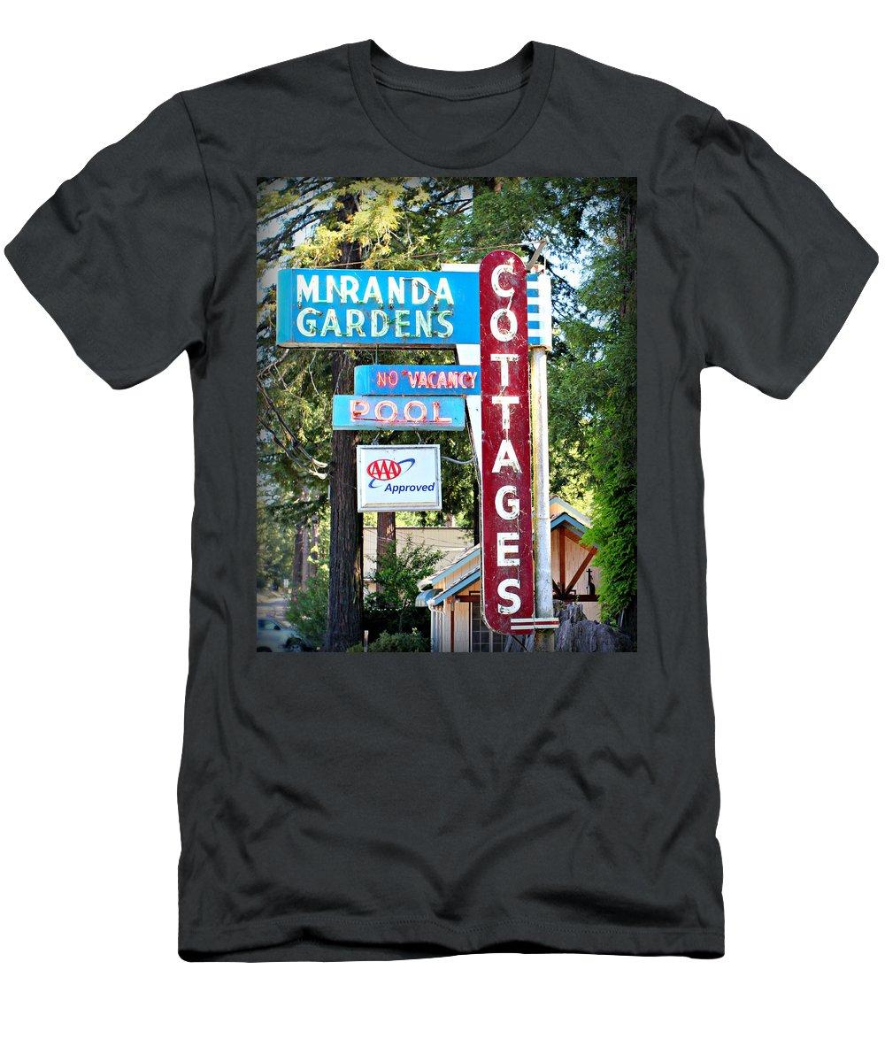 Miranda Men's T-Shirt (Athletic Fit) featuring the photograph Miranda Gardens by Steve Natale