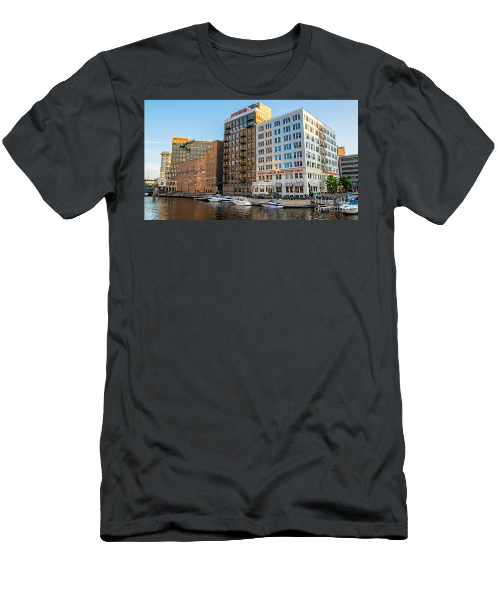 Architecture Men's T-Shirt (Athletic Fit) featuring the photograph Mke River Twilight by Andrew Slater
