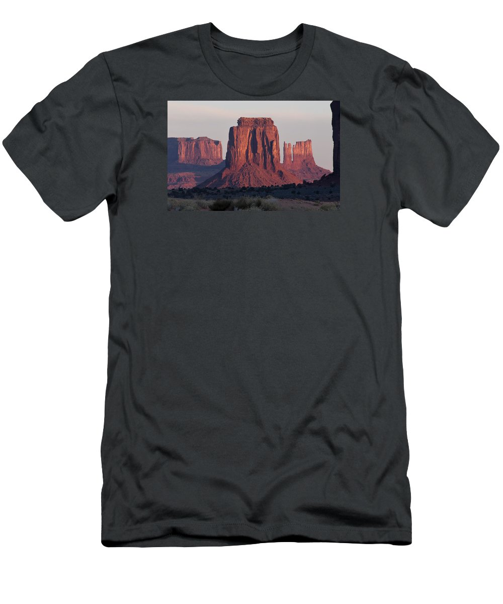 Monument Men's T-Shirt (Athletic Fit) featuring the photograph Monument Valley Sunrise 7288 by Bob Neiman