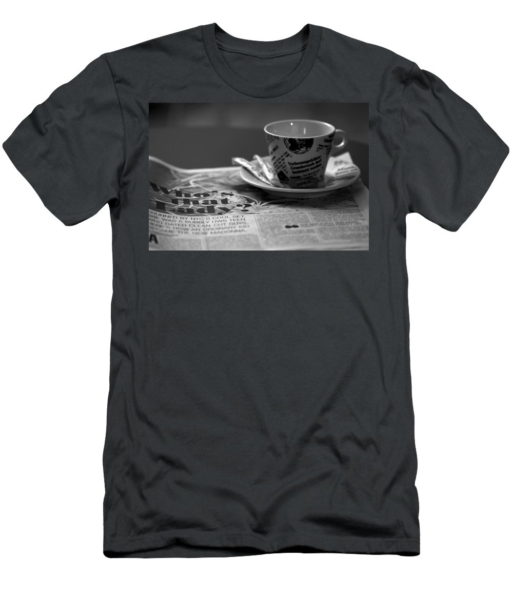 Blur Men's T-Shirt (Athletic Fit) featuring the photograph Morning Read by Evelina Kremsdorf