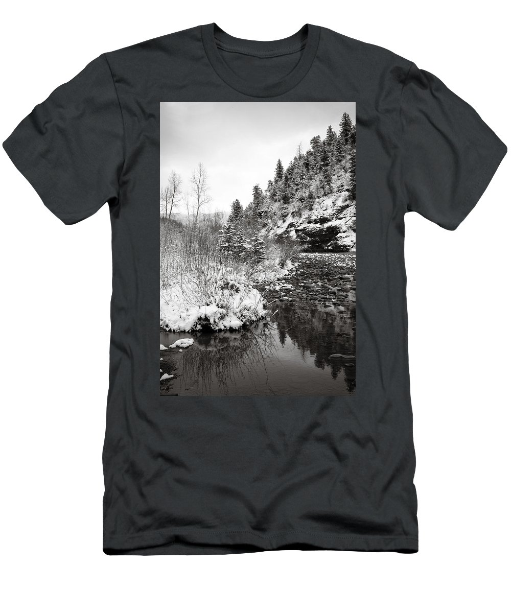 Winter Men's T-Shirt (Athletic Fit) featuring the photograph Near Telluride Colorado by Marilyn Hunt
