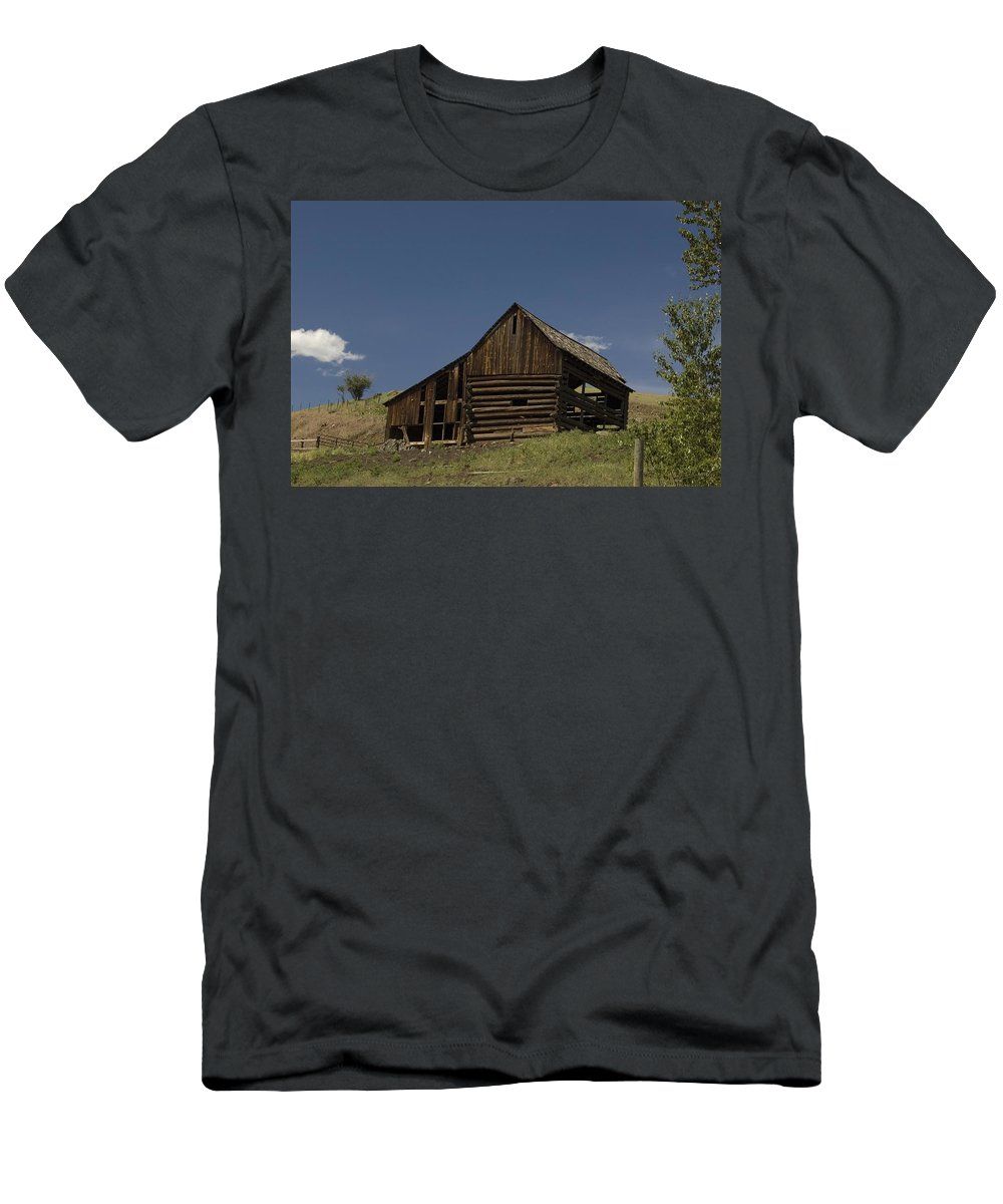 Old Barn Men's T-Shirt (Athletic Fit) featuring the photograph Old Barn 2 by Sara Stevenson
