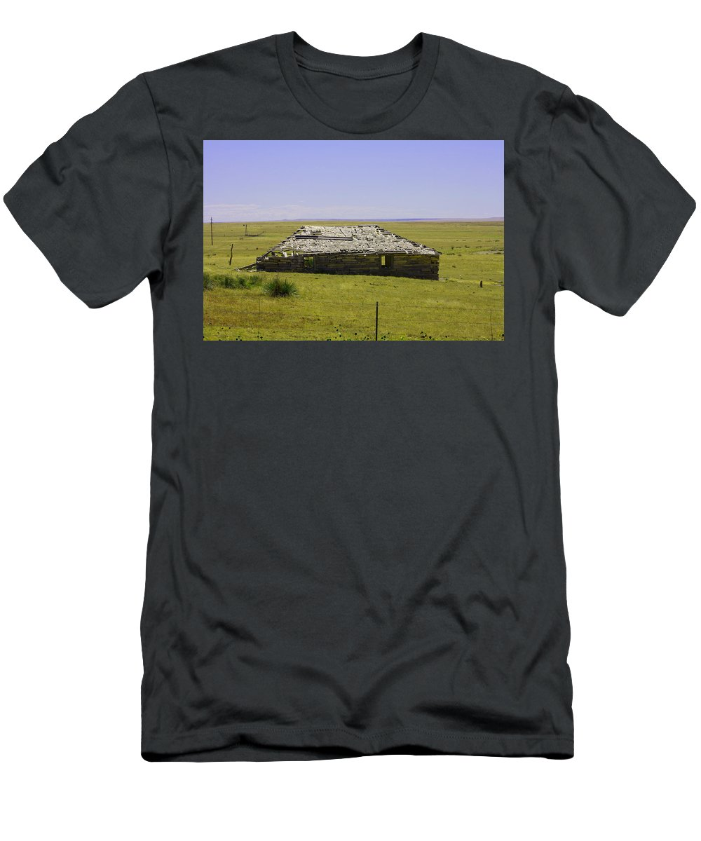 Homestead T-Shirt featuring the photograph Old Homestead by Tommy Anderson