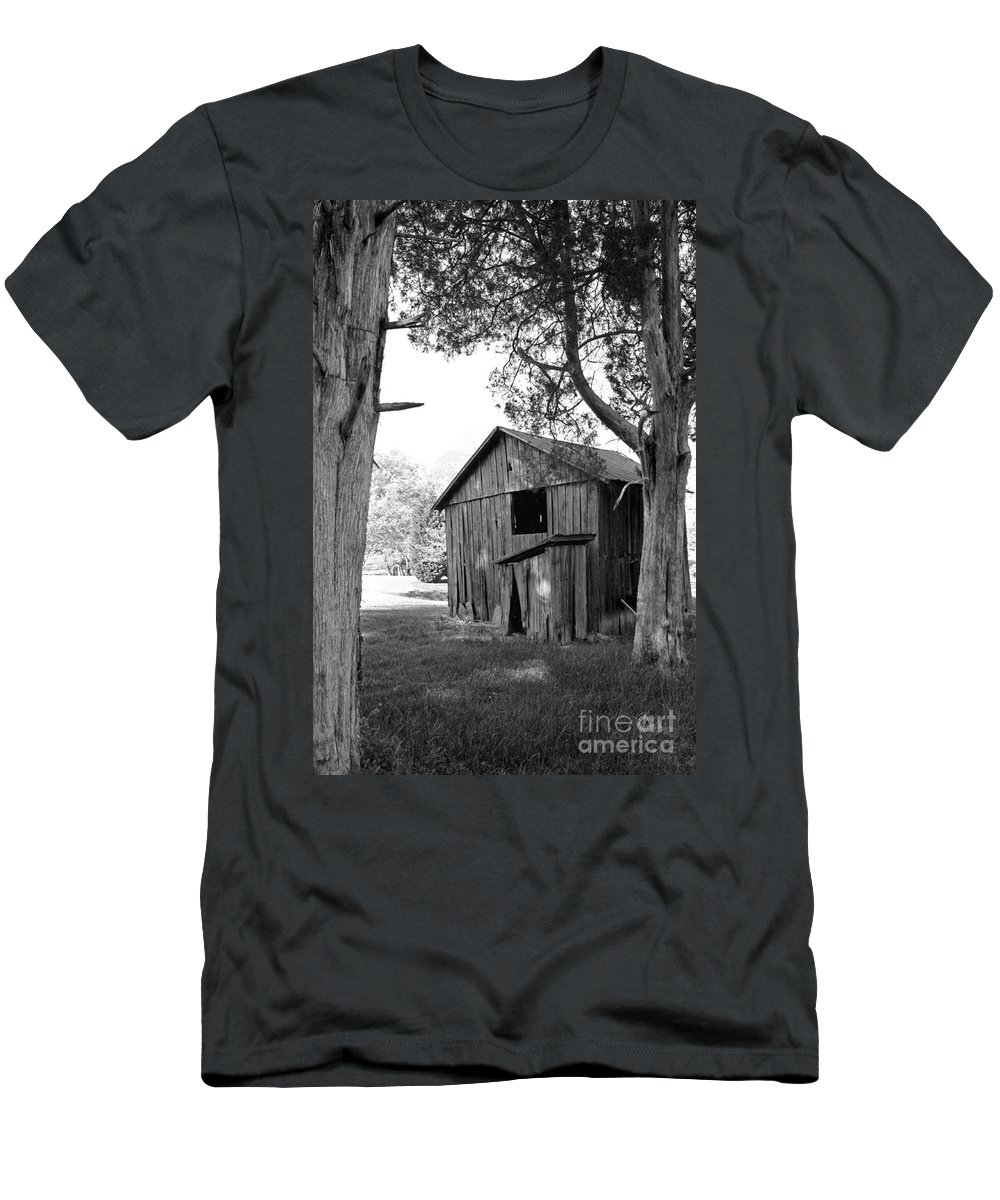 Landscape Men's T-Shirt (Athletic Fit) featuring the photograph Old Structures by Todd Blanchard