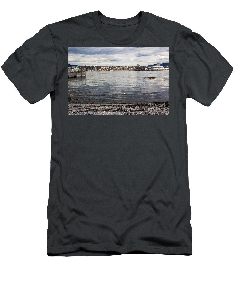 Oslo Men's T-Shirt (Athletic Fit) featuring the photograph Oslo Waterfront by Suzanne Luft