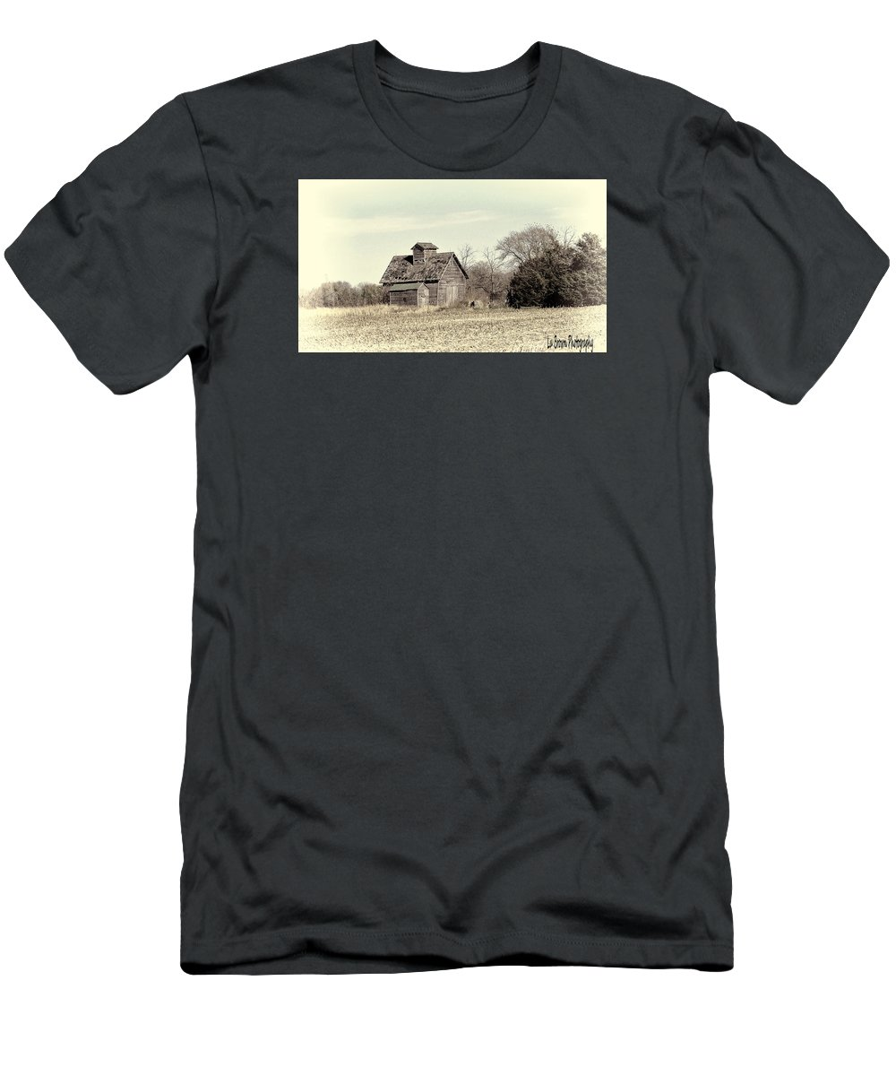 Photography; Photograph; Photo; Picture; Barn; Black And White; Rural; Landscape; Country; Art Men's T-Shirt (Athletic Fit) featuring the photograph Out In The Country by Lu Brown