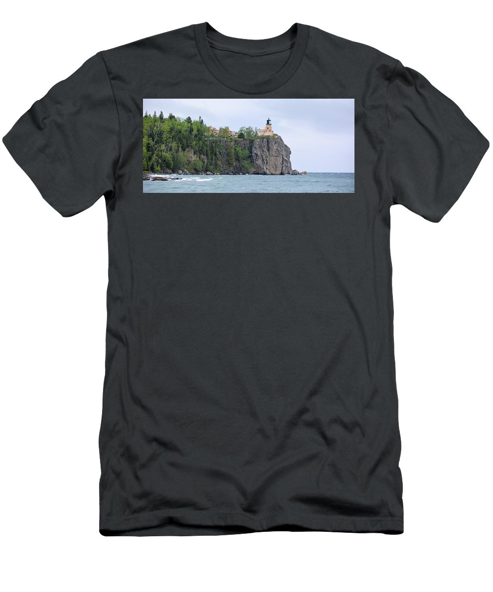 Lighthouse Men's T-Shirt (Athletic Fit) featuring the photograph Panorama Rock by Bonfire Photography
