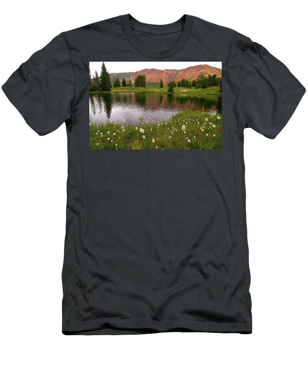Colorado Men's T-Shirt (Athletic Fit) featuring the photograph Paradise Basin by Steve Stuller
