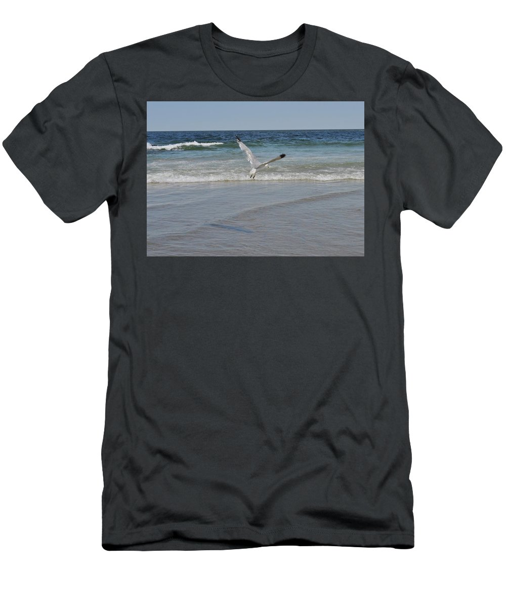 Men's T-Shirt (Athletic Fit) featuring the photograph Peaceful by Susan Kessler