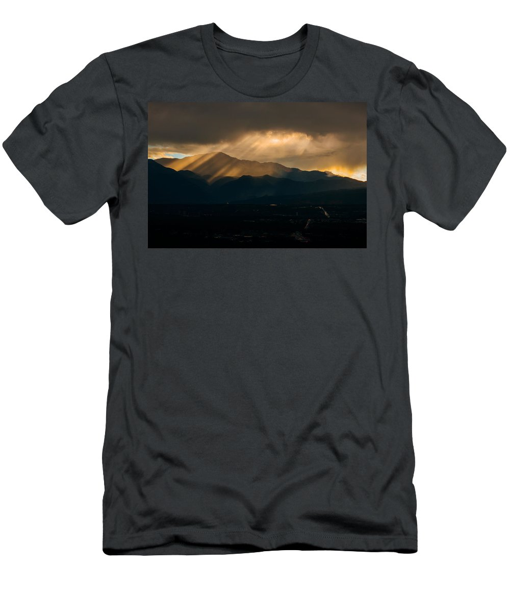 Colorado Men's T-Shirt (Athletic Fit) featuring the photograph Pikes Peak Sunset by Alex Browne