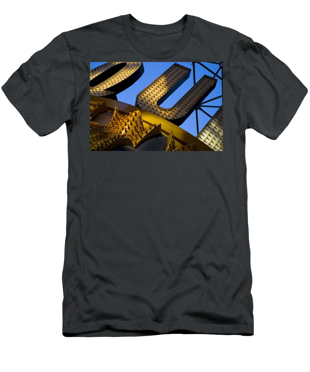 Architecture Men's T-Shirt (Athletic Fit) featuring the photograph Queen Of Hearts by Skip Hunt
