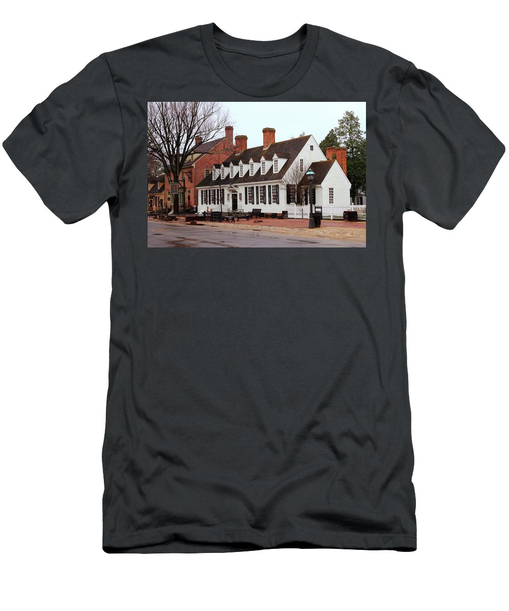 American Men's T-Shirt (Athletic Fit) featuring the photograph Raleigh Tavern 2 by Lou Ford