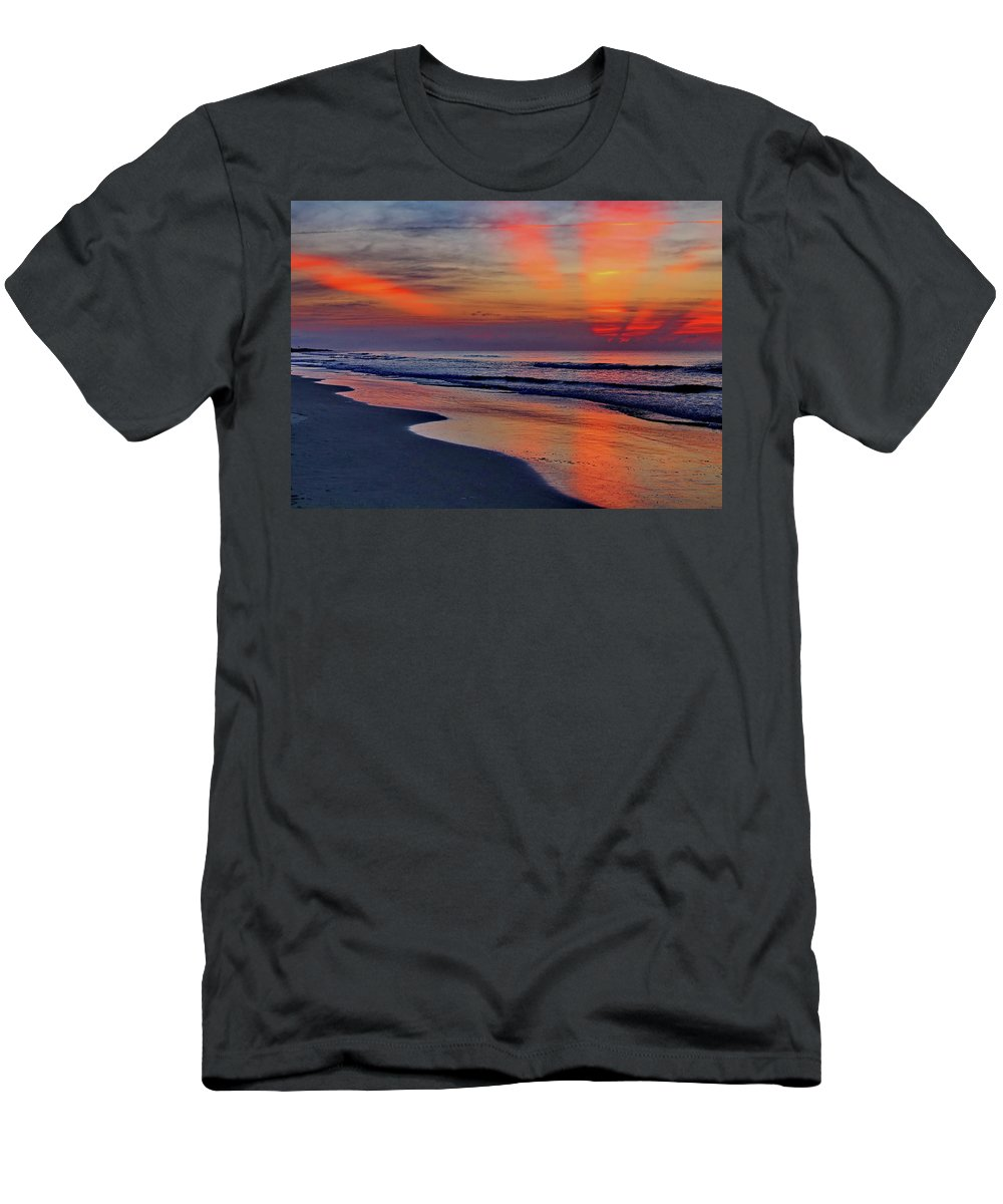 Sunrise Men's T-Shirt (Athletic Fit) featuring the photograph Rays From Heaven by David Byron Keener