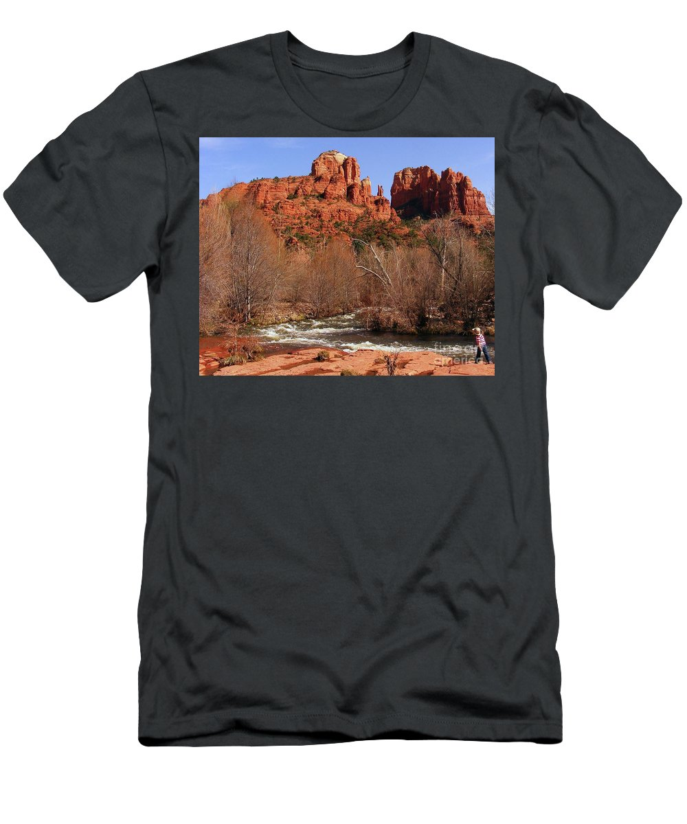 Red Rock Crossing Men's T-Shirt (Athletic Fit) featuring the photograph Red Rock Crossing Sedona Arizona by Marilyn Smith