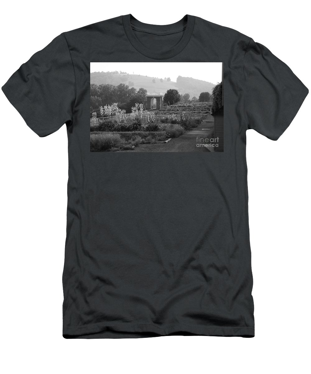 Black And White Men's T-Shirt (Athletic Fit) featuring the photograph Retreat by Eric Liller