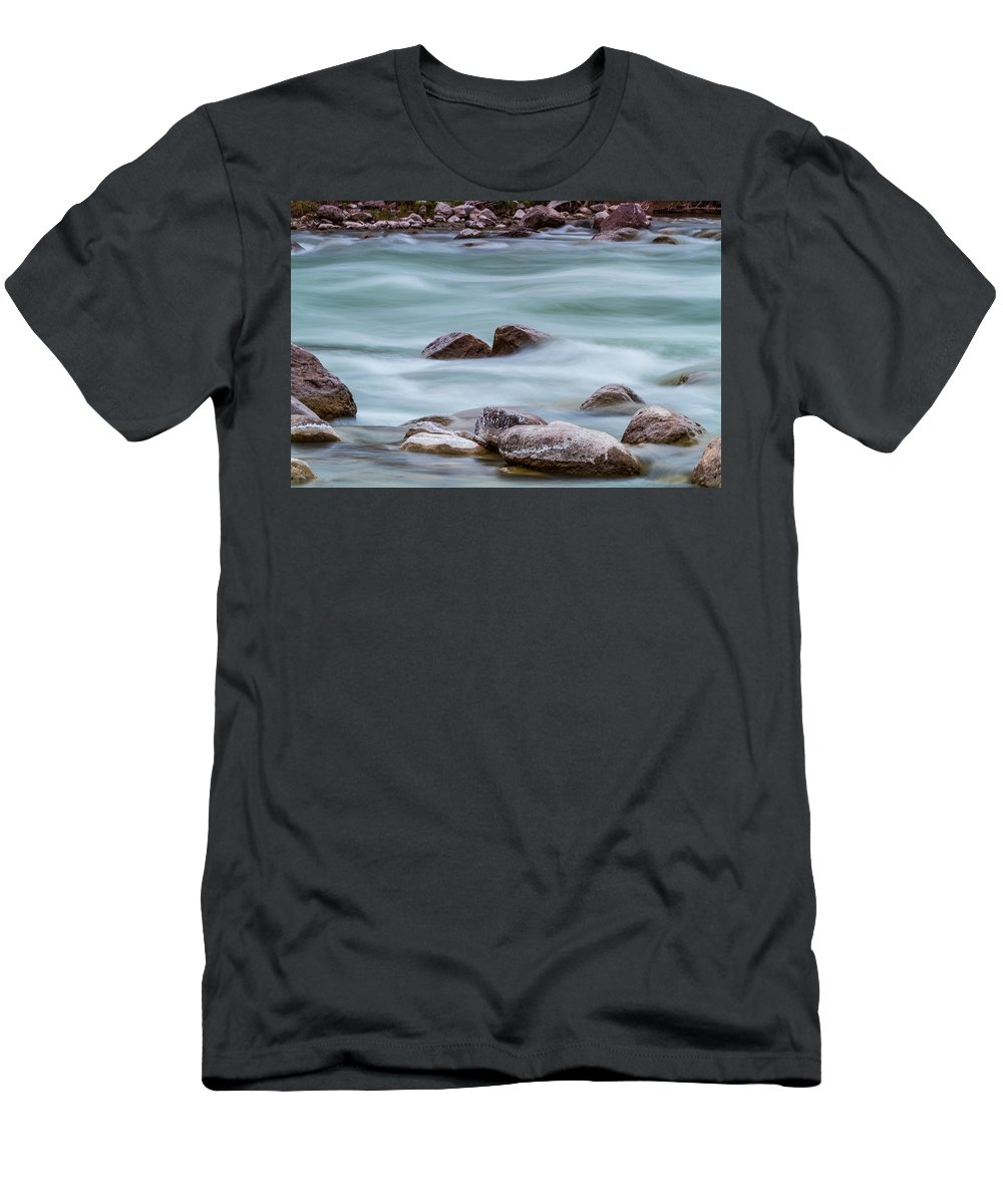 Rio Grande Men's T-Shirt (Athletic Fit) featuring the photograph Rio Grande Flow Through Stones by SR Green