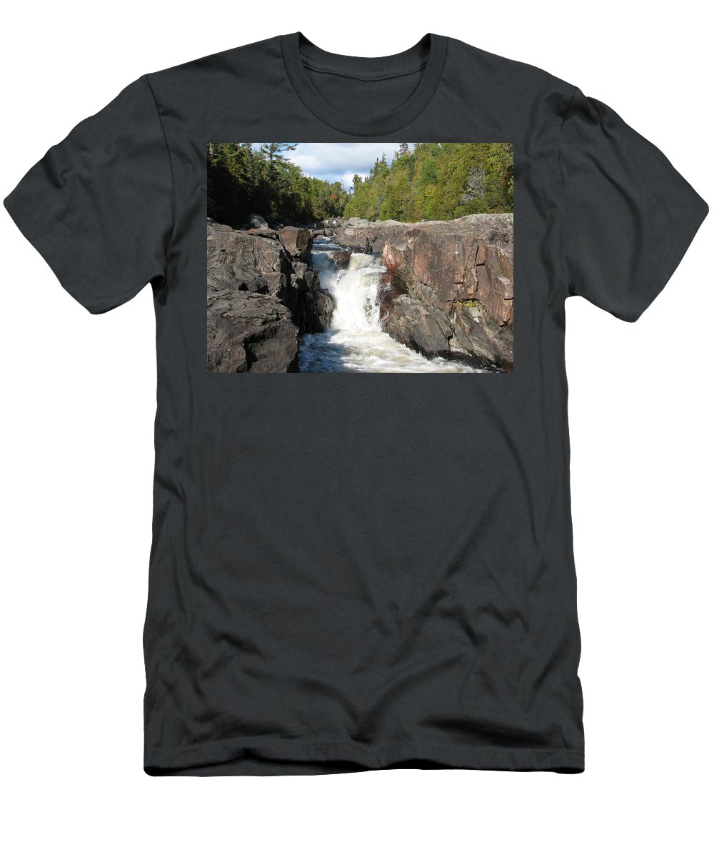 Waterfall Men's T-Shirt (Athletic Fit) featuring the photograph Rosetone Falls by Kelly Mezzapelle