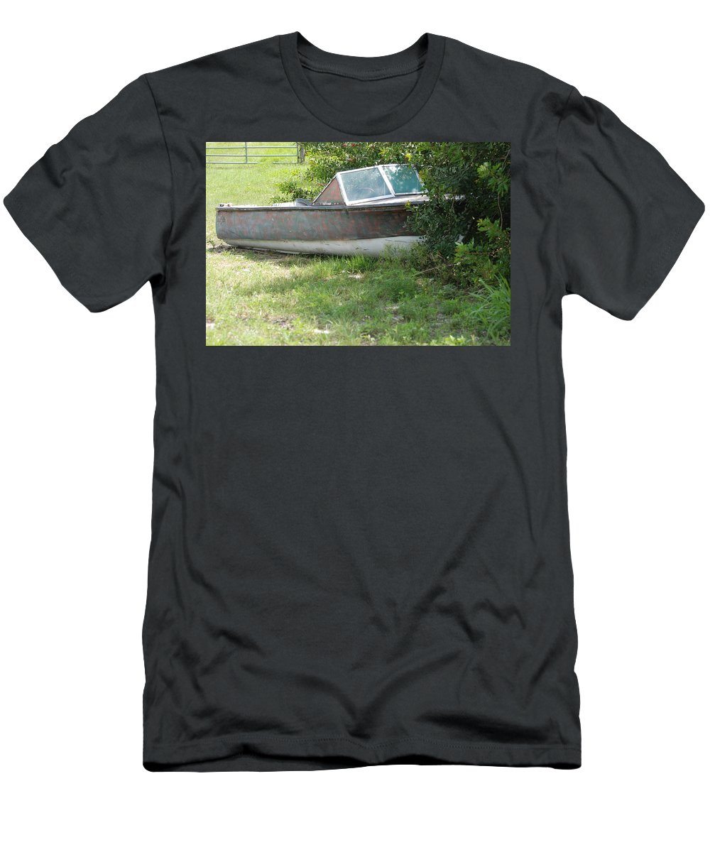 Boat Men's T-Shirt (Athletic Fit) featuring the photograph S S Minnow by Rob Hans