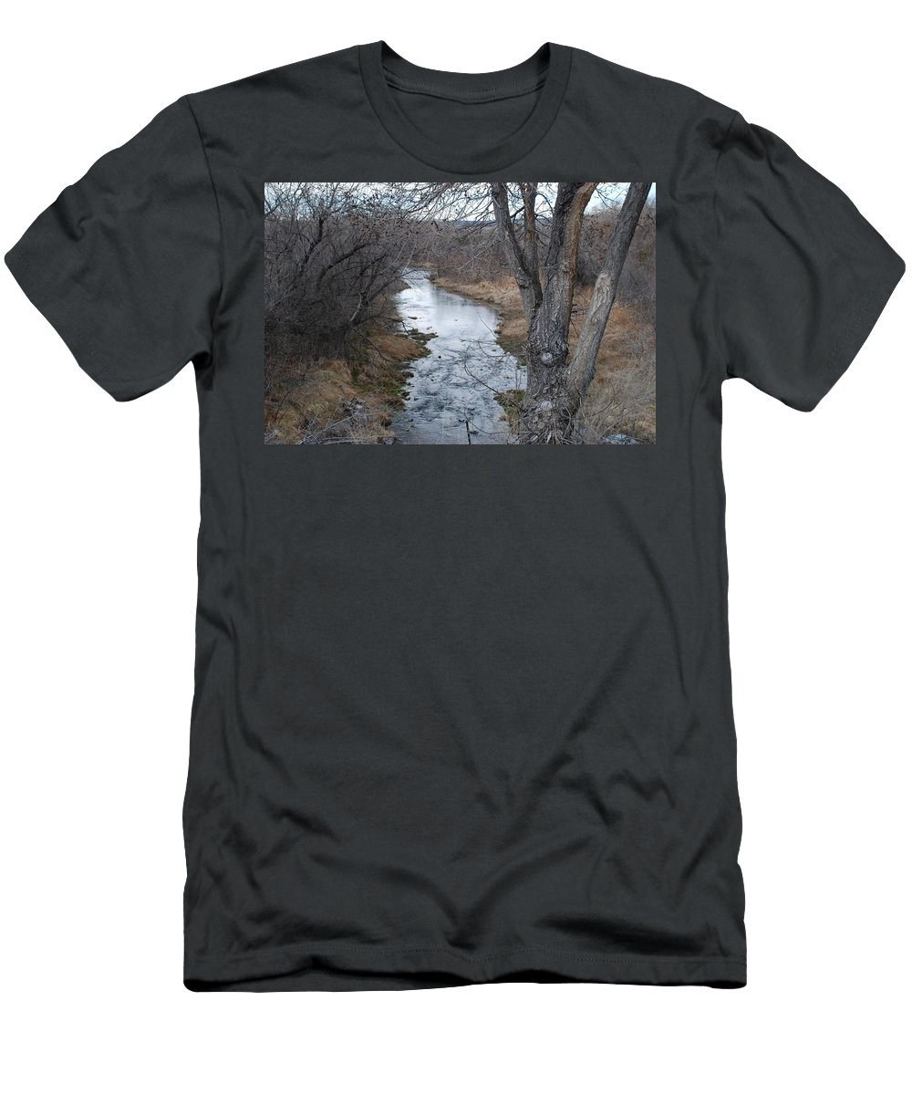Santa Fe Men's T-Shirt (Athletic Fit) featuring the photograph Santa Fe River by Rob Hans