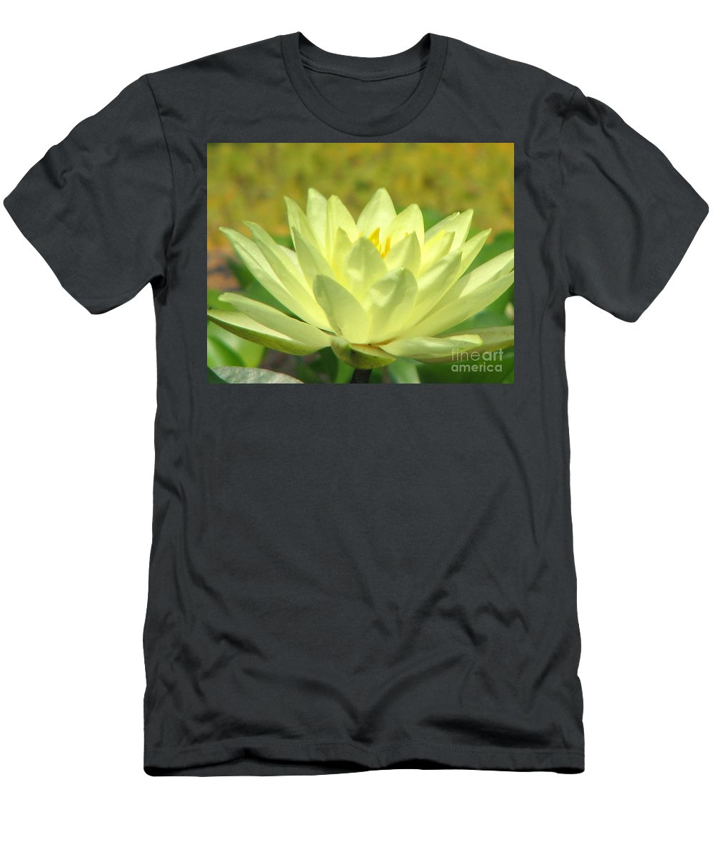 Lillypad Men's T-Shirt (Athletic Fit) featuring the photograph Shades by Amanda Barcon