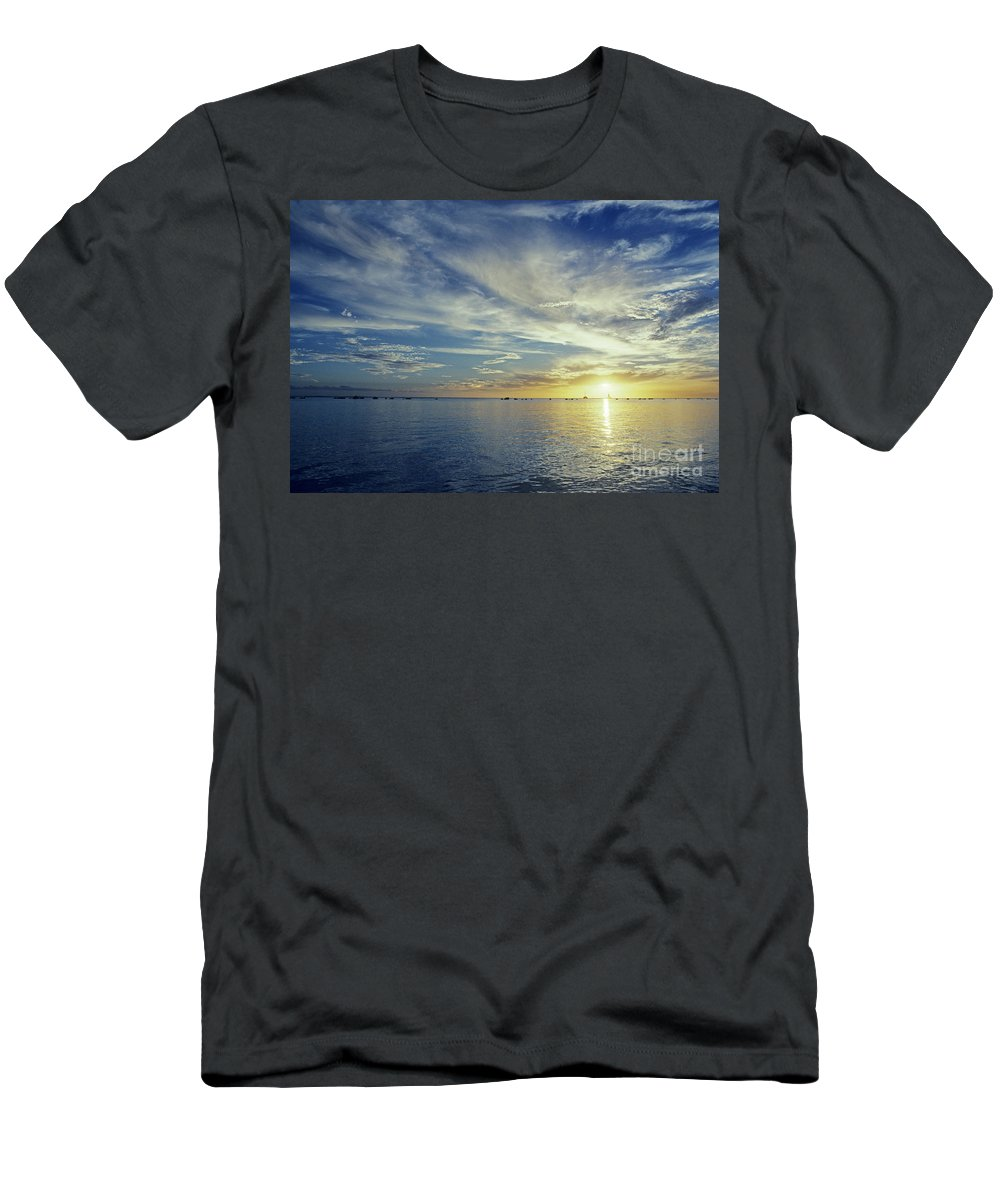 Above Men's T-Shirt (Athletic Fit) featuring the photograph Shining Through by Carl Shaneff - Printscapes