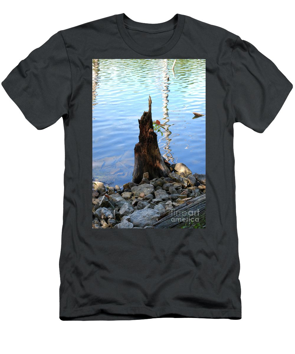 Water Men's T-Shirt (Athletic Fit) featuring the photograph Sign Of Life by Lori Tambakis