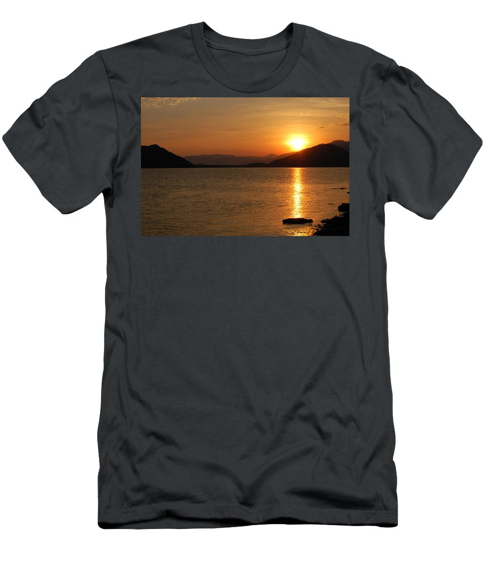 Silverwood Lake Men's T-Shirt (Athletic Fit) featuring the photograph Silverwood Sunrise by Christine Owens