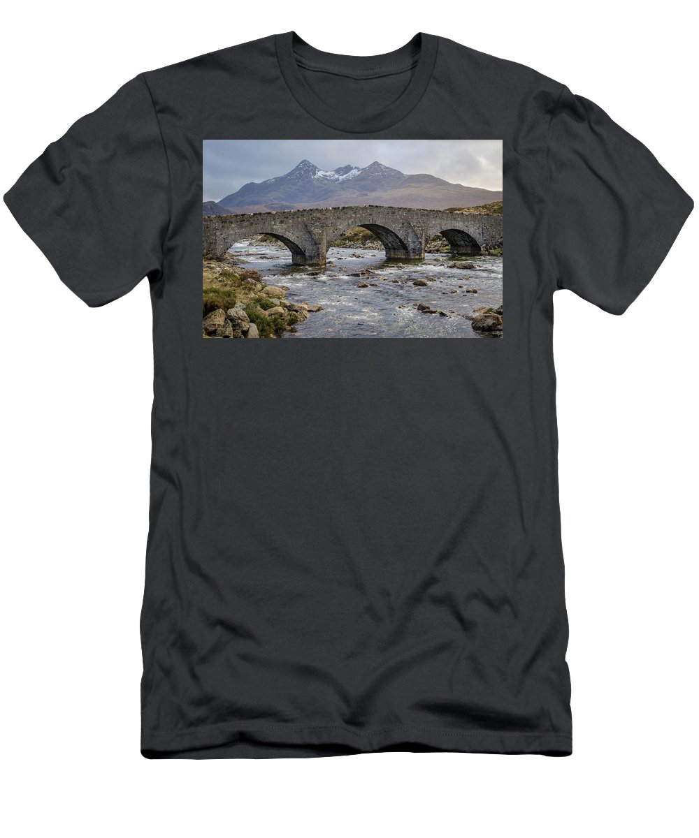 Landscapes Men's T-Shirt (Athletic Fit) featuring the photograph Sligachen Bridge And The Black Cullin, Isle Of Skye by Gaspix15