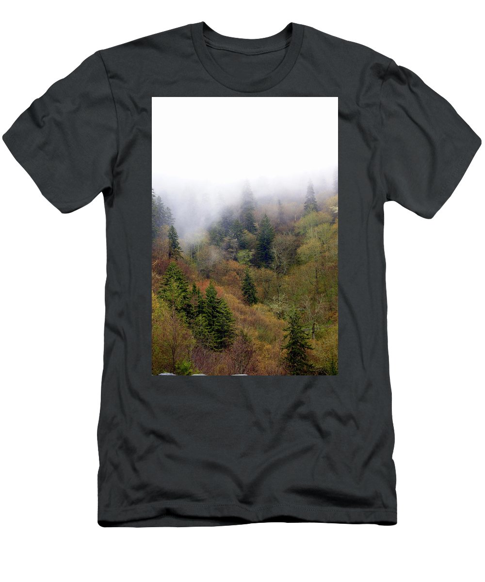 Fog Men's T-Shirt (Athletic Fit) featuring the photograph Smoky Mount Vertical by Marty Koch
