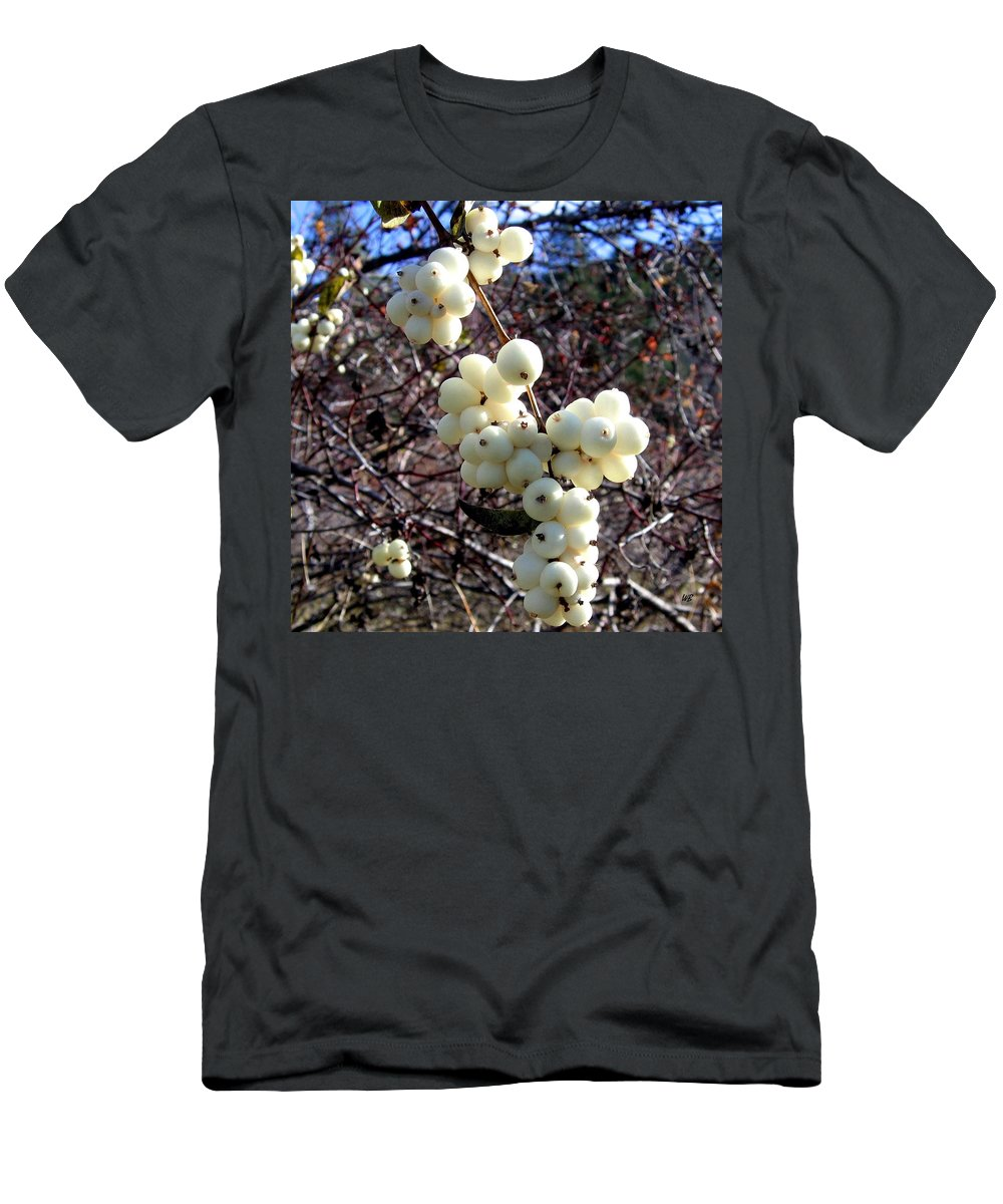 Autumn Men's T-Shirt (Athletic Fit) featuring the photograph Snowberries by Will Borden