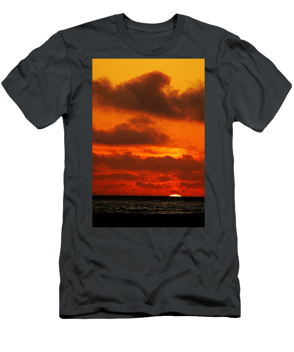 Clay Men's T-Shirt (Athletic Fit) featuring the photograph Socal Sunset by Clayton Bruster