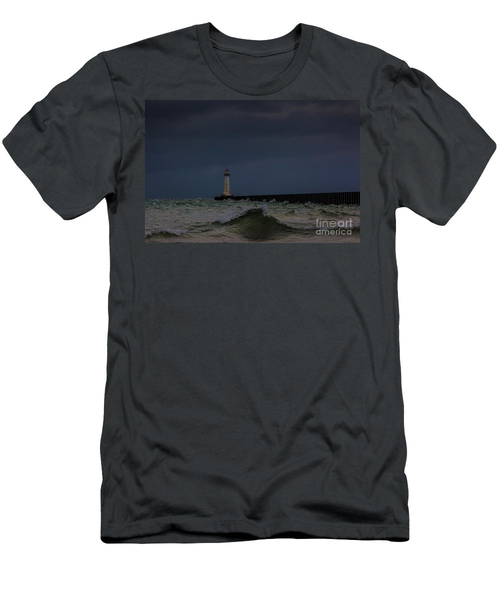 Clouds Men's T-Shirt (Athletic Fit) featuring the photograph Sodus Point Outer Light by Roger Monahan