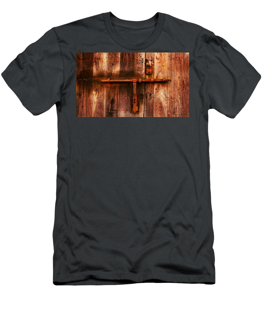 Door Men's T-Shirt (Athletic Fit) featuring the photograph Spanish Latch by Perry Webster