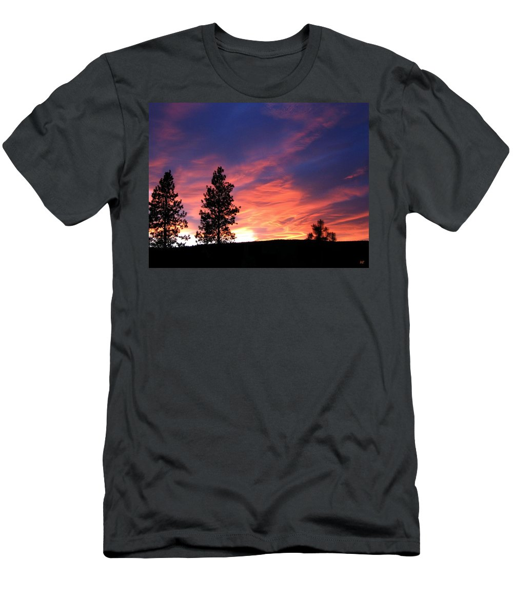 Sunset Men's T-Shirt (Athletic Fit) featuring the photograph Spring Spectacle by Will Borden
