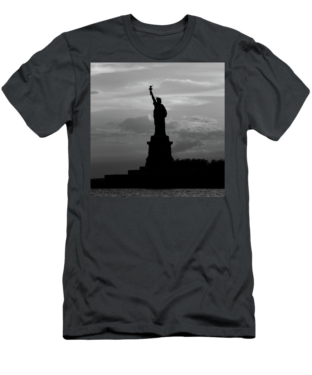 06/2016 Men's T-Shirt (Athletic Fit) featuring the photograph Statue Of Liberty, Silhouette by Marco Catini