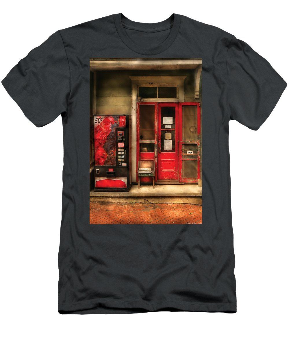 General Store Men's T-Shirt (Athletic Fit) featuring the photograph Store - Waterford Va - General Store by Mike Savad