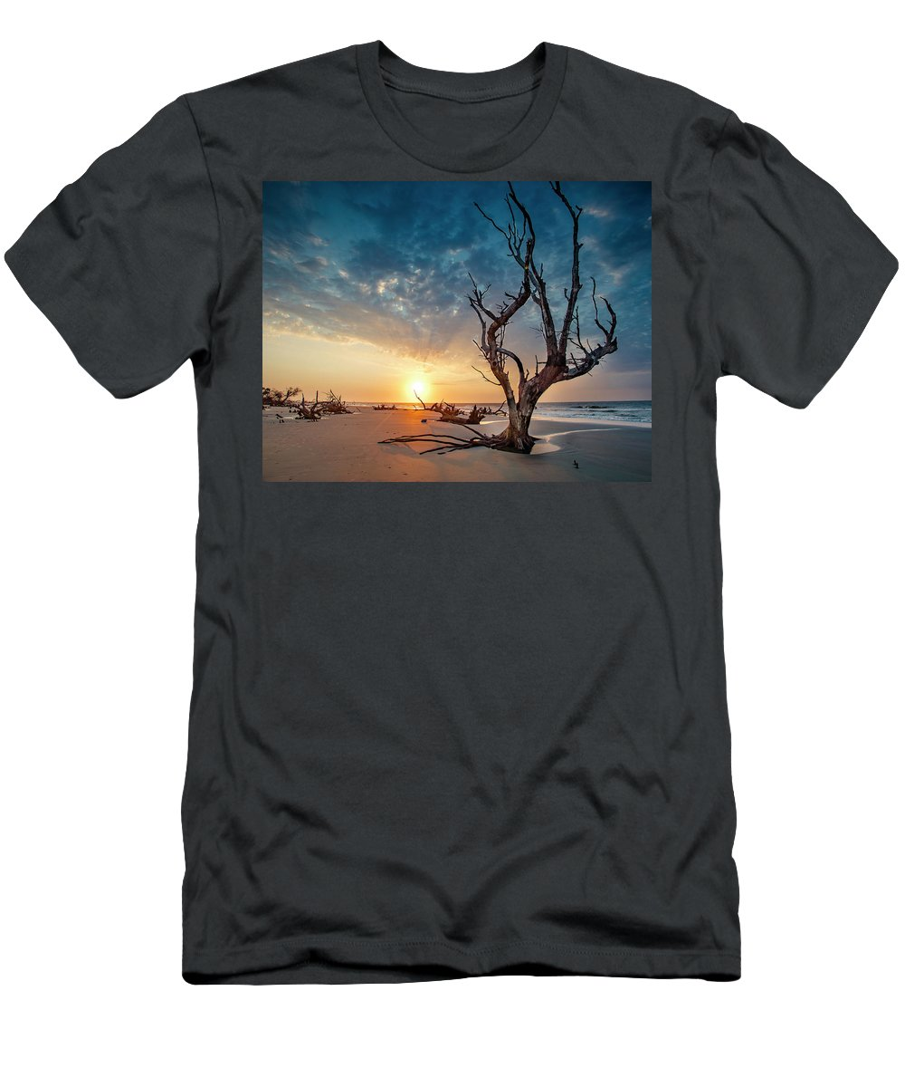 Sunrise Men's T-Shirt (Athletic Fit) featuring the photograph Strong Tree by Christine U Jones