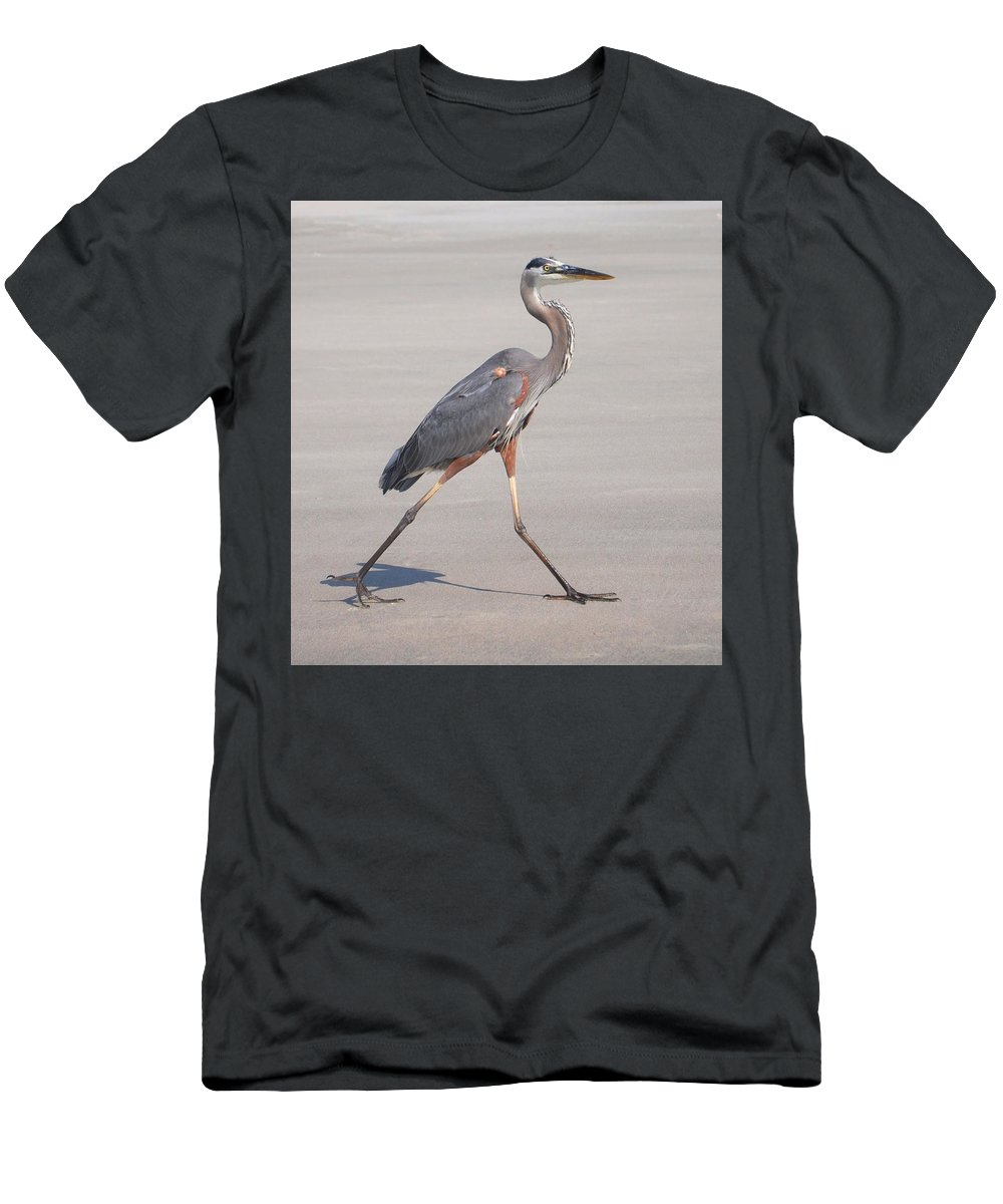 Heron Men's T-Shirt (Athletic Fit) featuring the photograph Strutting On The Beach by Sally Falkenhagen