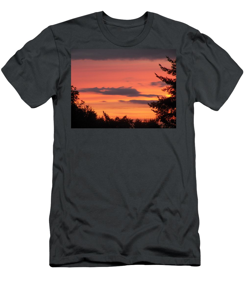 Sunrise Men's T-Shirt (Athletic Fit) featuring the photograph Sunrise by Laurie Kidd