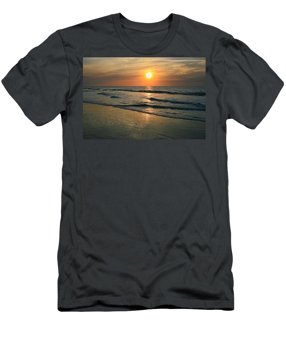Sunset Men's T-Shirt (Athletic Fit) featuring the photograph Sunrise Myrtle Beach by Scott Wood