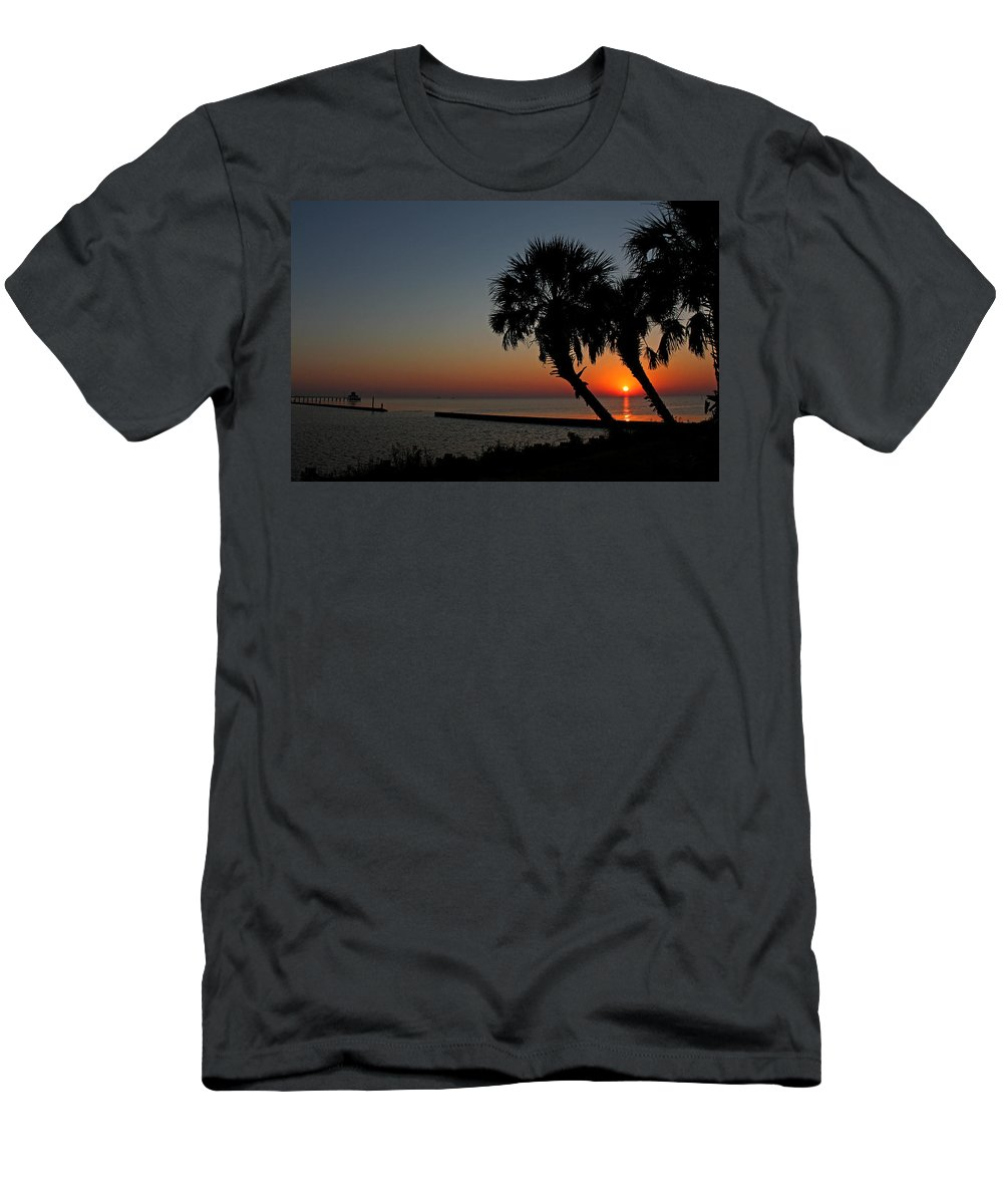 Sunrise Men's T-Shirt (Athletic Fit) featuring the photograph Sunrise On Pleasure Island by Judy Vincent