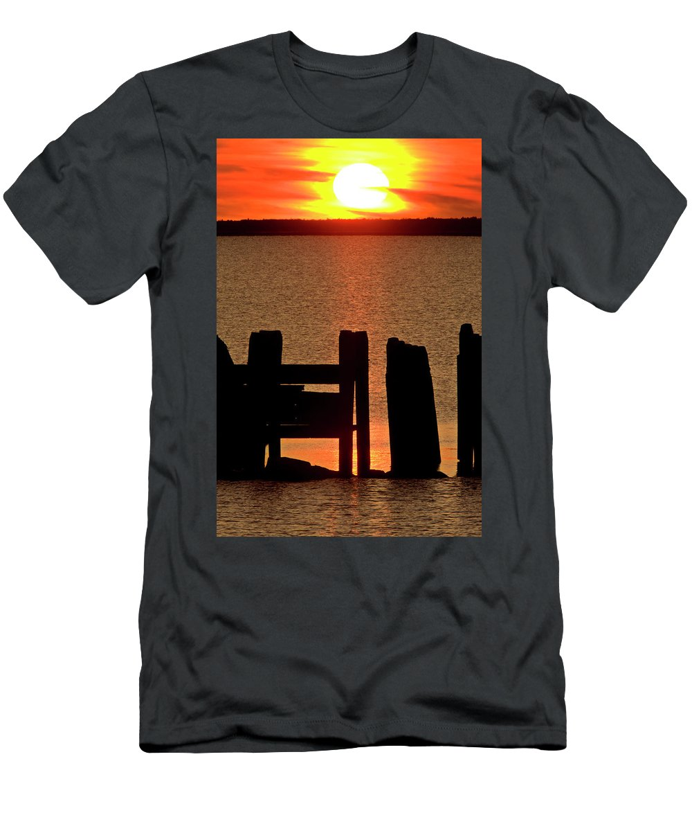 Sunset Men's T-Shirt (Athletic Fit) featuring the digital art Sunset Hecla Island Manitoba Canada by Mark Duffy