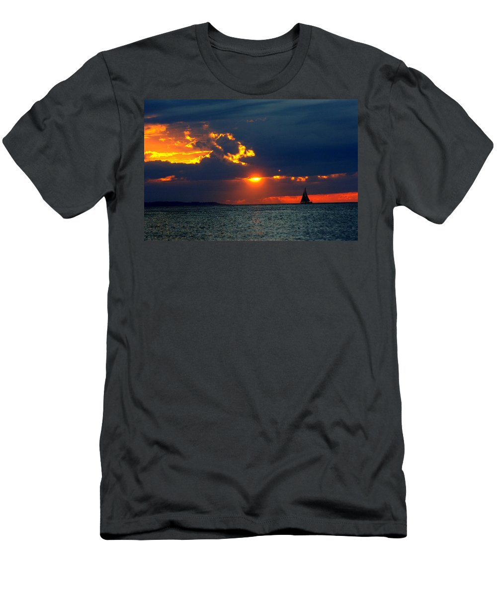 Sunset Montauk Ny Men's T-Shirt (Athletic Fit) featuring the photograph Sunset Montauk Ny by Joseph T Farriella